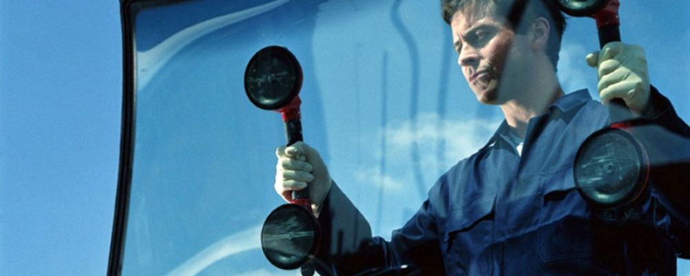 How to find a Right Windshield Replacement Company in Orange County, CA?